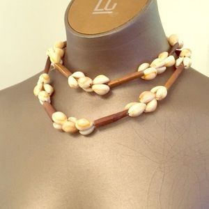 36 inch vintage cowie shell necklace.